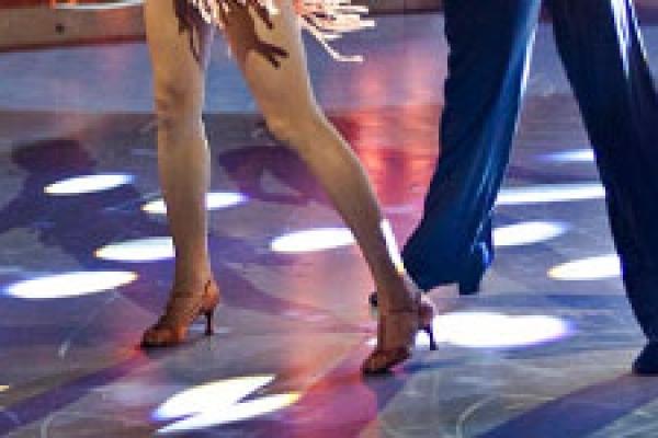 den bedste alder for en person til at begynde at danse 5fm dating mobil